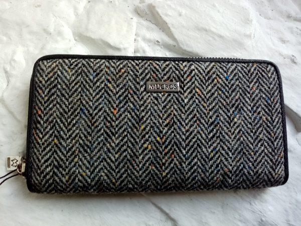 Wallet by Mucross Weavers